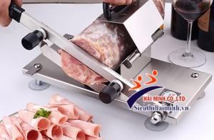 Máy cắt thịt cầm tay giá bao nhiêu?