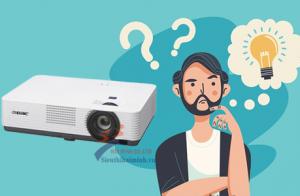 Nên mua mới máy chiếu sony chính hãng hay máy chiếu 4k cũ?