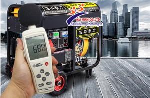 Sử dụng máy đo độ ồn để xác định tiếng ồn của máy phát điện