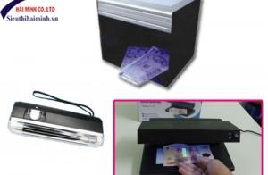 Phân biệt tiền thật và tiền giả nhanh chóng bằng máy soi tiền