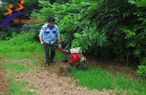 Không lo nặng nhọc nông nghiệp khi đã có máy xới đất